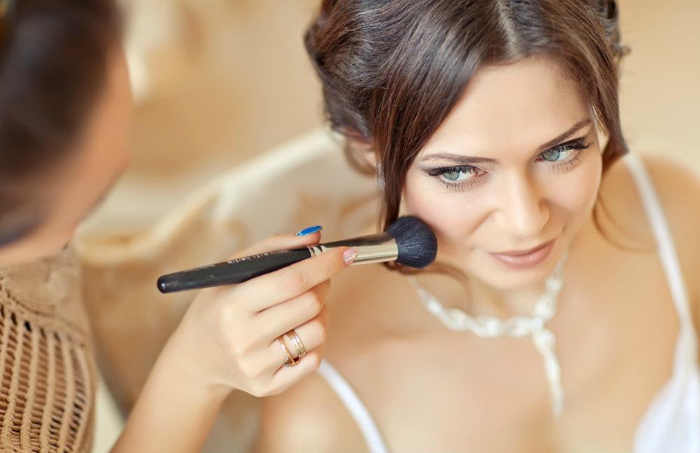 Trouvez le bon maquillage pour le jour J